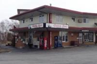 Chateau Guay Motel & Restaurant Image
