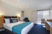 Hamilton Town House Motel Image