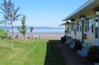 Beach Breeze Motel Image