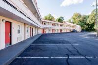 Econo Lodge West Springfield Image