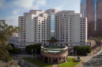 Hilton Long Beach & Executive Meeting Center Hotel Image