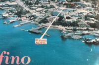 Schooner Motel Image