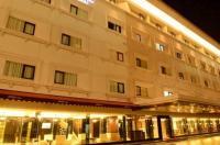 Emilia Hotel By Amazing - Palembang Image