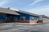 Econo Lodge Inn & Suites Green Bay Image