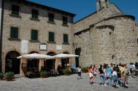 Albergo Castello Image
