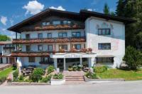 Hotel Helga Image