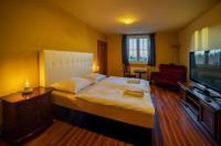 Hotel Valnovka Image