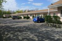 Clarkson Village Motel Image