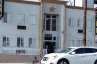 Hollywood Stars Inn Image