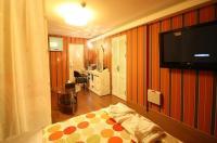 Artdeco Motel Image