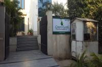 Green Earth Hotel Image