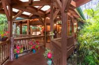 Volcano Village Lodge Image