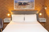 Coast Inn Motel Image