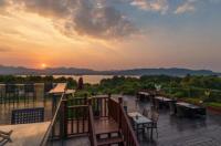 Hangzhou Sofitel Westlake Hotel Image