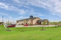 Cobblestone Hotel & Suites - Waynesboro Image