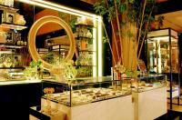 The Suites At Hotel Mulia Senayan Image