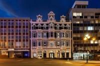 Wains Hotel Dunedin Image
