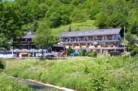 Landhotel Weinhaus Treis Image