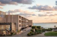 Monterey Bay Inn Image
