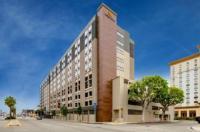 La Quinta Inn & Suites LAX Image