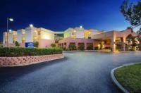 Baymont Inn & Suites Tampa Near Busch Gardens Image