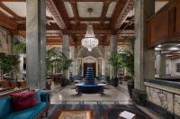 Hotel Whitcomb Image