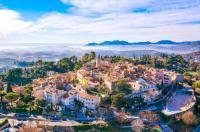 Côte d'Azur View of Cannes Bay Image