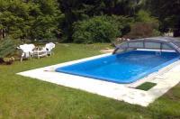 Villa Wienerwald Villa mit Pool Image