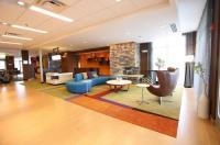 Fairfield Inn & Suites By Marriott East Grand Forks Image