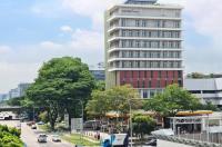 Aqueen Hotel Paya Lebar Image