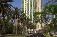 Miami 4Days - One Broadway Image