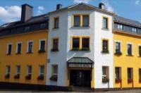 Gasthof & Hotel Zur Linde Image