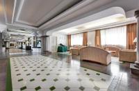 Aris Garden Hotel Image