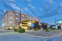 Canalta Hotel Weyburn Image