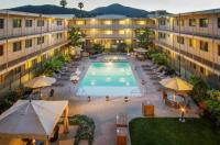 Marin Suites Hotel Image