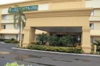 La Quinta Inn And Suites Tampa/Brandon West Image
