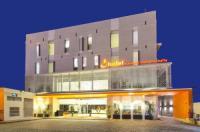 J Hotel - Bandara Soekarno Hatta Image