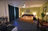 Hotel Del Rey Image