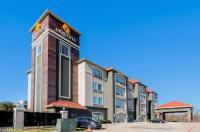 La Quinta Inn And Suites Fort Worth Eastchase Image