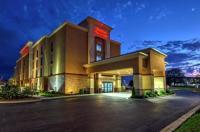 Hampton Inn & Suites Clarksville Image