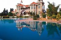 Celebrity Resorts Image