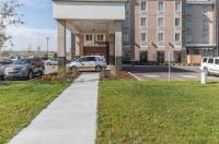 Comfort Inn & Suites Calgary Image