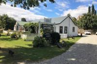 Settlers Cottage Motel Image