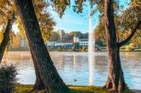 Chateau Du Lac Image