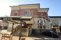 Hotel Villa Reale Image