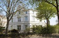 Villa Esplanade Image