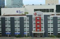 BEST WESTERN PLUS Charter House Hotel Downtown Winnipeg Image