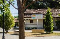Hostal Plaza Pedasi Image