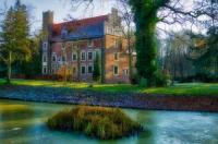 Zamek na wodzie w Wojnowicach Image
