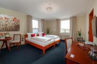 Hotel Omega Image